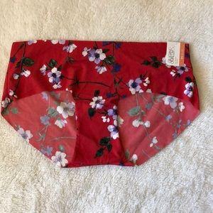 No show hipster floral underwear